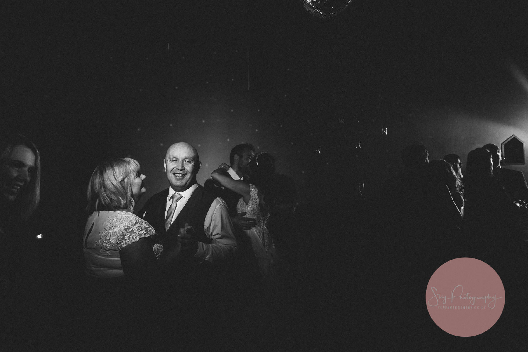 Mum and dad dancing at a wedding