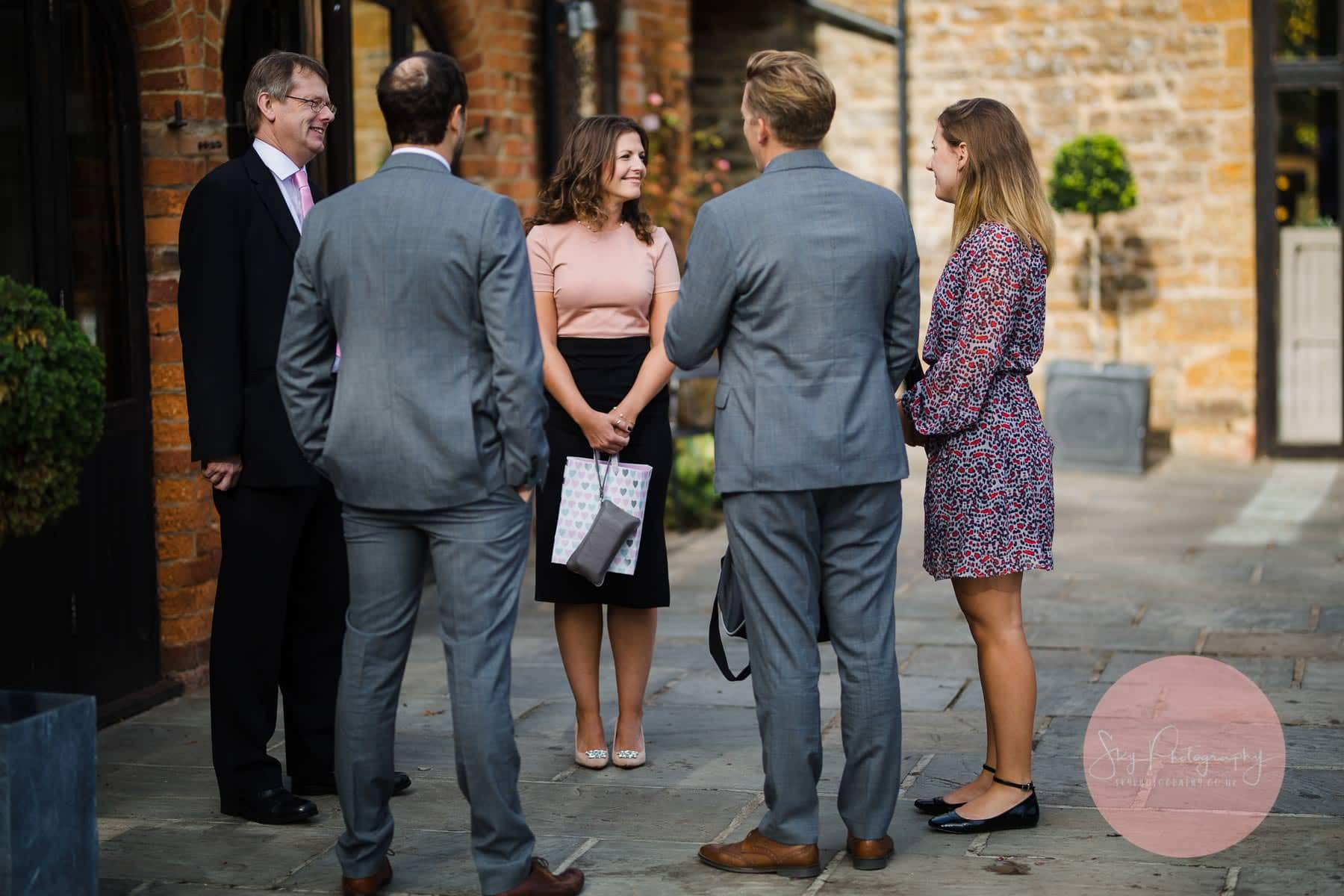 firsts wedding guests arrive