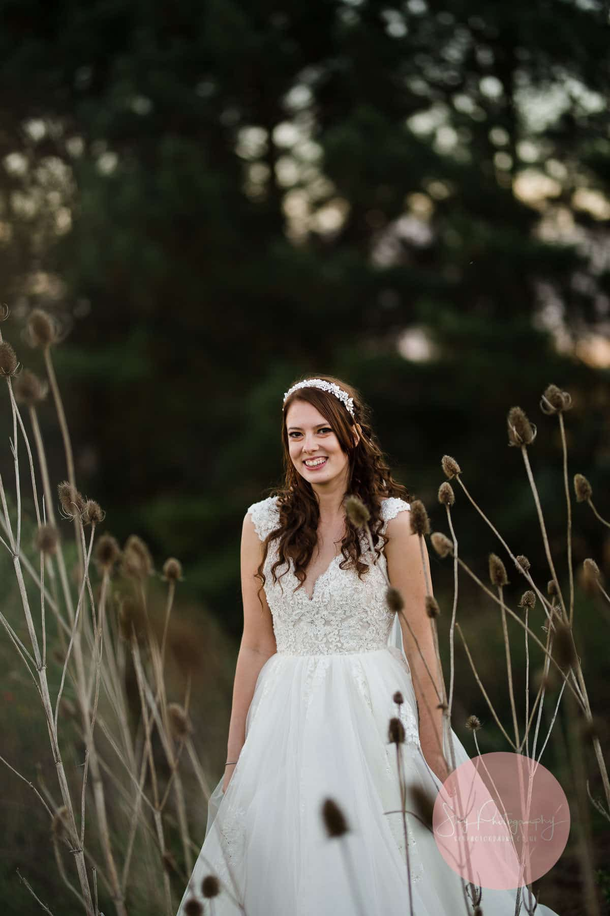 Dodmoor house wedding bride and groom portaits